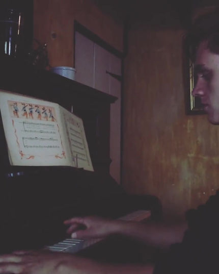 Video-of-Alex-Williams-playing-piano_Alex-Williams-Music-School
