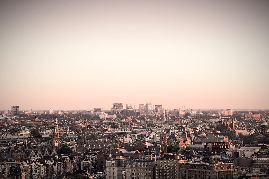 amsterdam-1977920_1920_edited.jpg