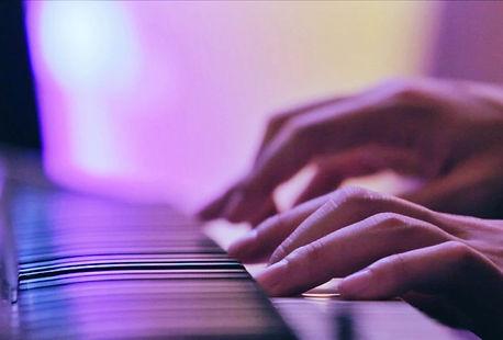 香港古典音樂鋼琴手