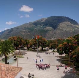 Plaza Andahuaylillas