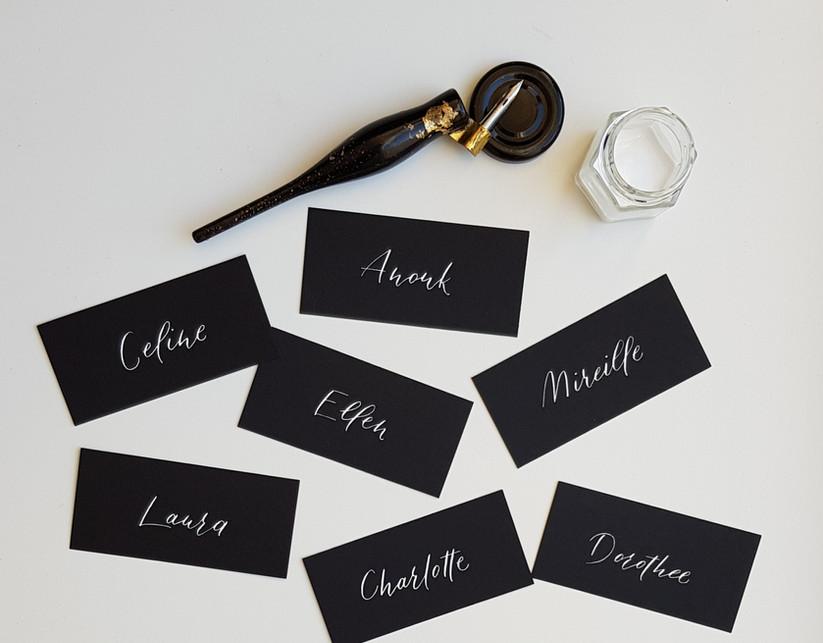zwarte naamkaartjes