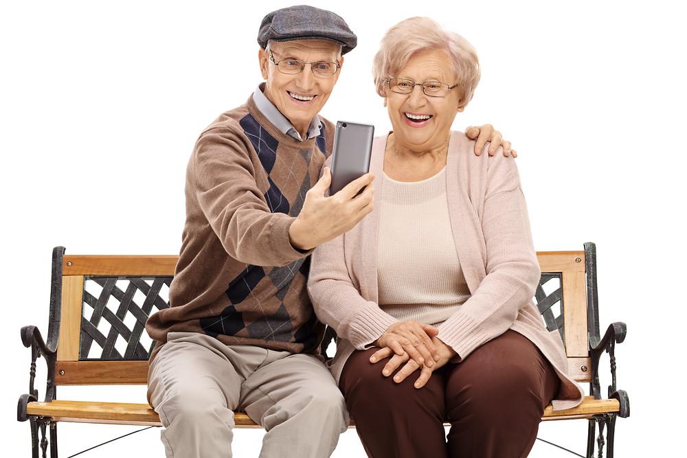 Altes Paar, Technik für Ältere