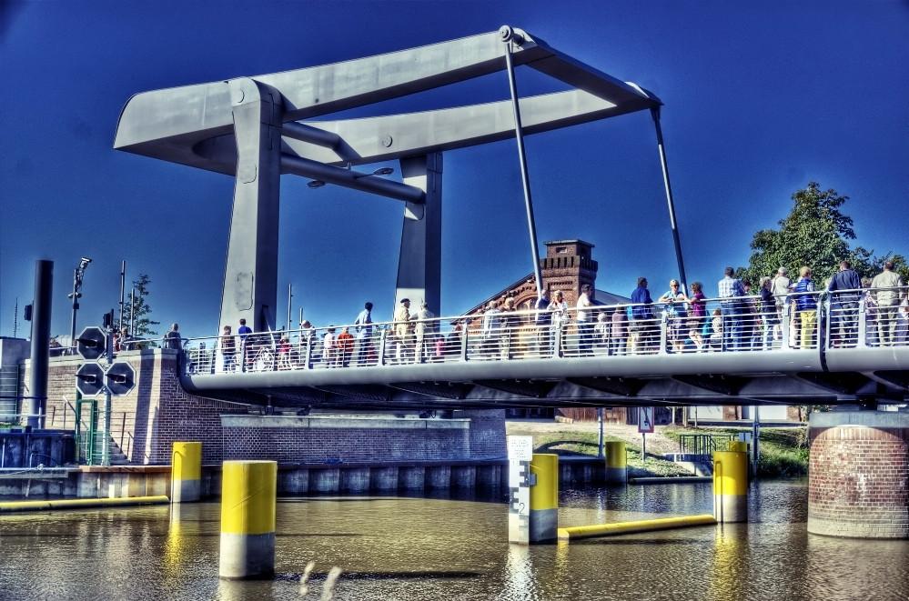Klappenbrücke, Elmshorn, Hafenspange, Krückau, Sperrung, Wartungsarbeiten