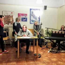 Offene Lesebühne BRÜCKEN-RAUM in Kreativ-Pause