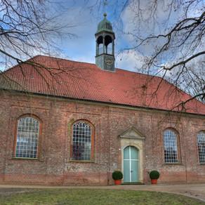 Scheibe der Horster Kirche zerstört