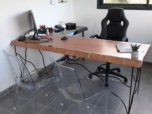 Bureau design en bois exotique