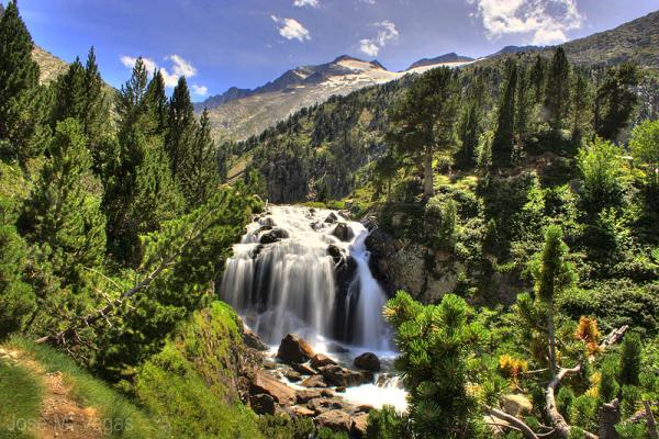 Benasque Cascada Aneto