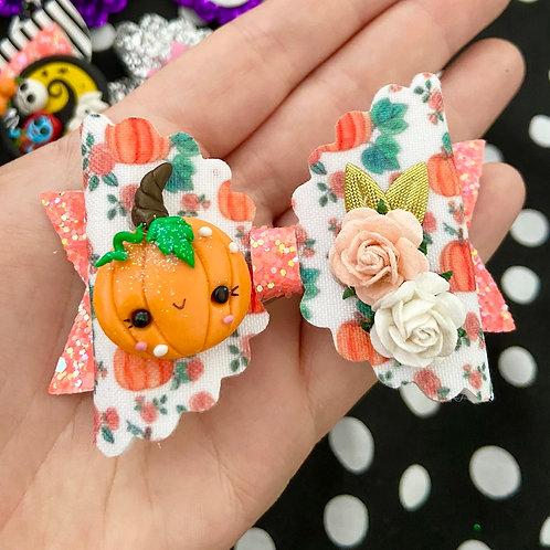 Pumpkin medium bow
