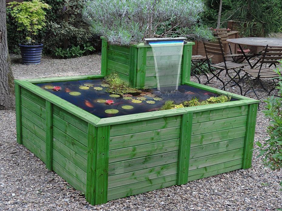 Bassin aquatique abri de jardin fabrication artisanale atypic for Bache pour bassin a poisson gamm vert