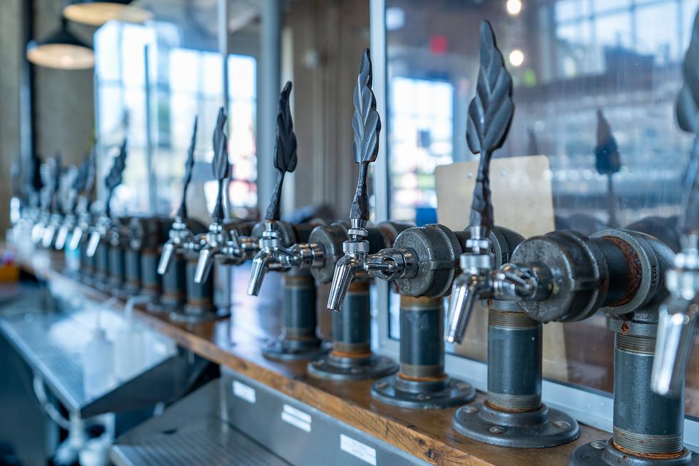 fonta flora beer detail.jpg