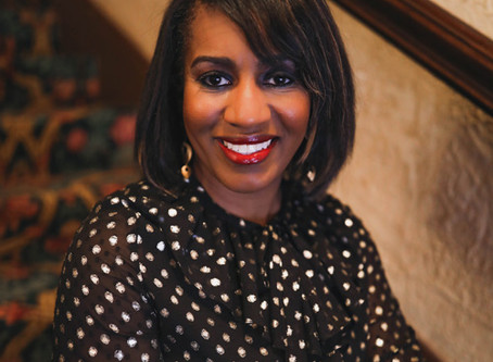 The Edutainer: Dr. Tyrha Lindsey-Warren