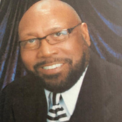 Pastor Hunter.jpg