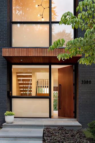 House4_entrance.jpg