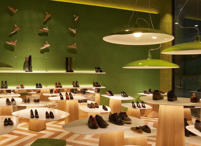 Ayakkabı Mağazası tasarımı 3.jpg