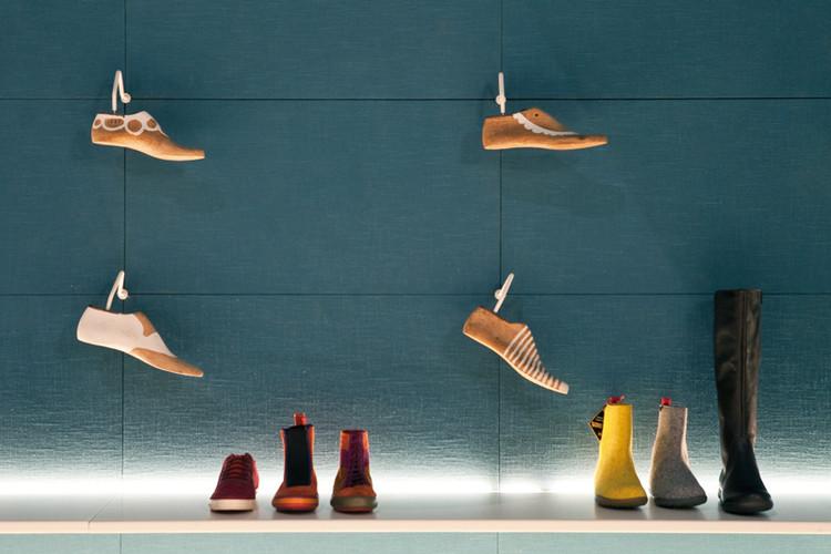 Ayakkabı Mağazası tasarımı 2.jpg