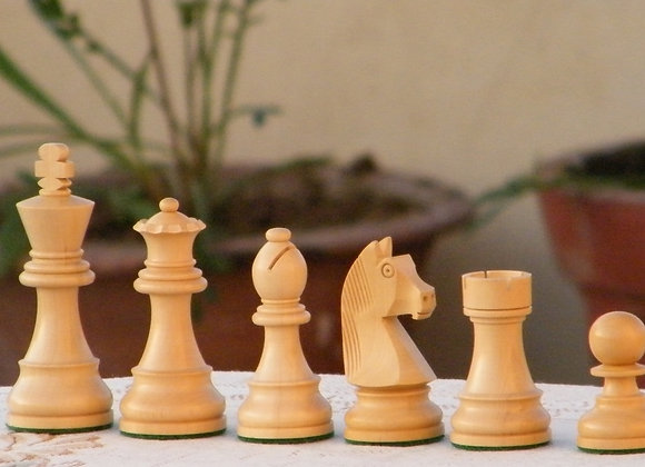 MCD German Staunton Knight Chess Pieces (Only Pieces)
