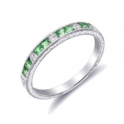 18k White Gold 0.46ct TGW Natural Tsavorite White Diamond Engagement Ring