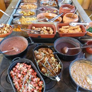 Buffet Pastarella Parrilla na Lenha