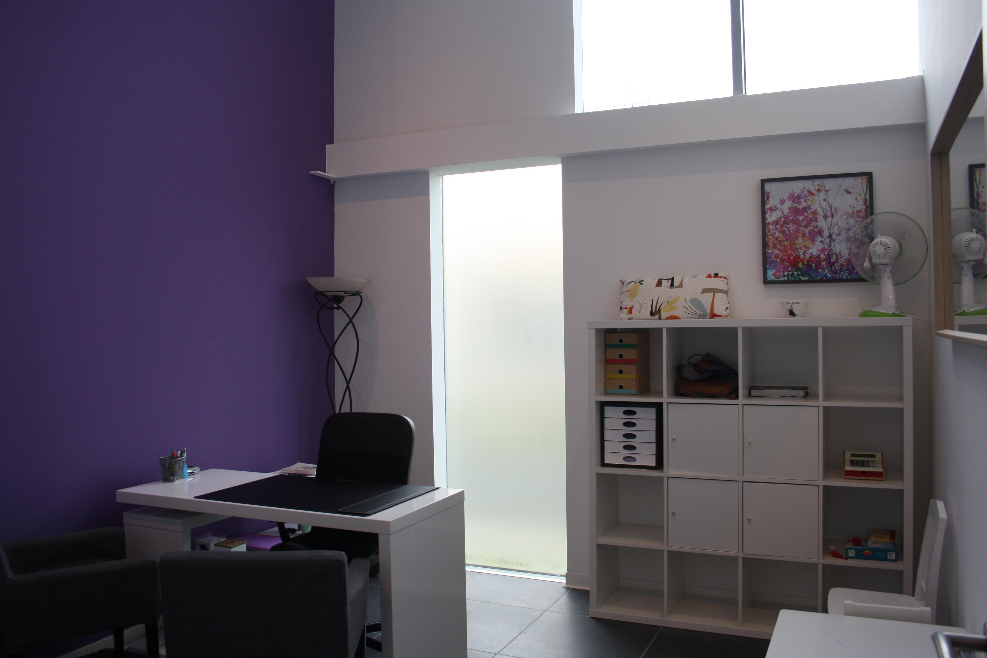 Bureau Violet
