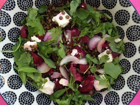 Salade de lentilles, betterave, féta