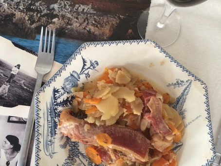 Ragoût d'agneau d'Ouessant, cuit sous les mottes de terre