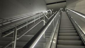 10 Consejos para el uso correcto de las escaleras mécanicas