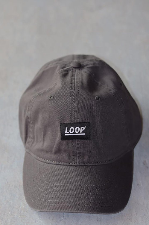 GORRA GRIS LINE LOOP