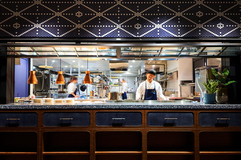 17_hakata_kitchen--counter.jpg