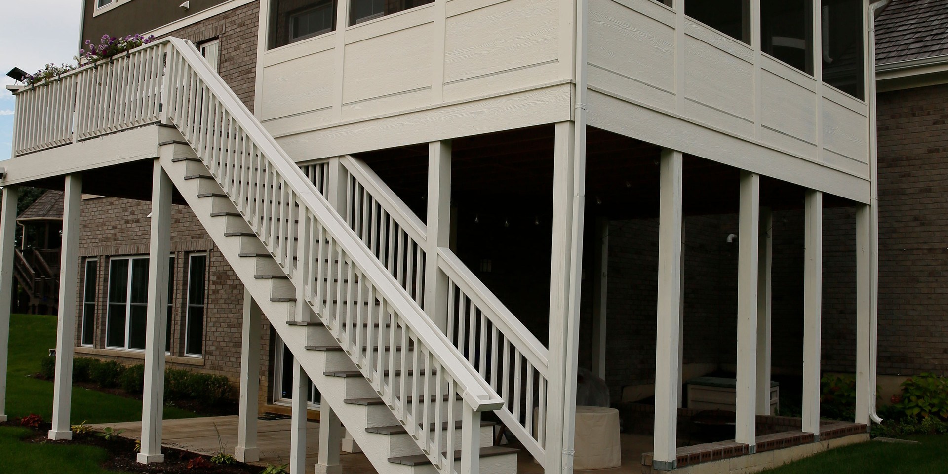 New-Home-Nottingham-Exterior-Porch-10.jp
