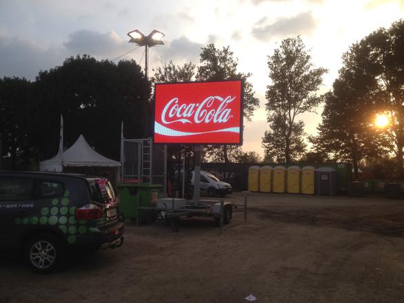 sponsors weergeven op een led scherm