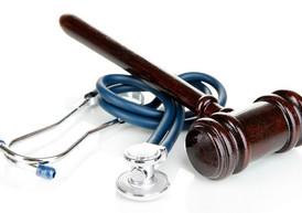 Cassazione: responsabilità medica non esclusa dal rispetto delle linee guida. Si deve guardare al ca