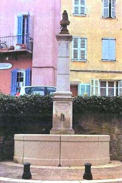 Roquebrune / fontaine neuve