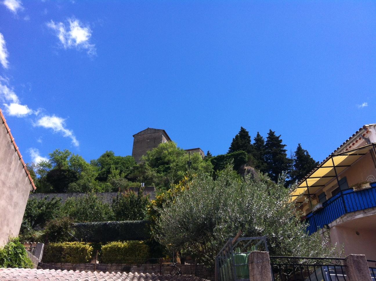 Château d'Esparron vu du village