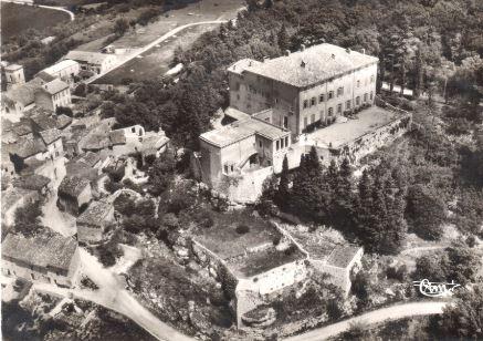 Château Esparron vue aérienne