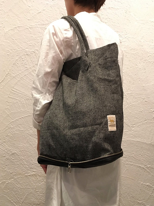 Potentiality VERTICAL TOTE size 2