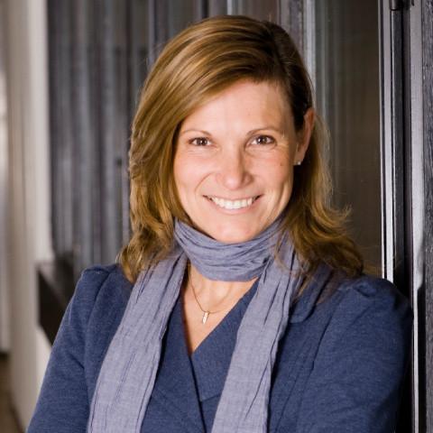 Prof. Dr. Elvira Haezendonck