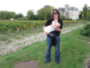 Breastfeeding around Margaux, France.jpg