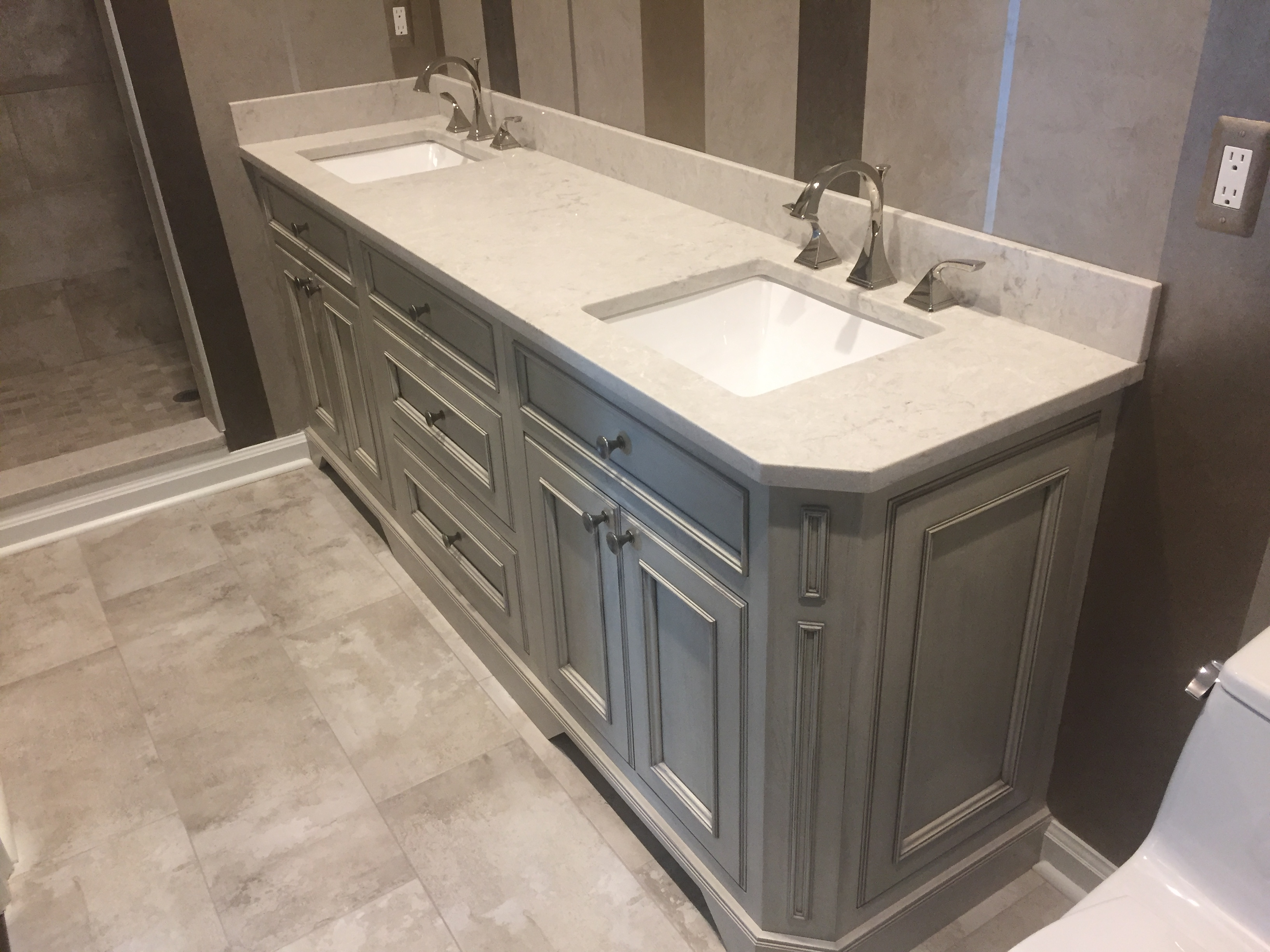 Double Bowl Transitional Vanity