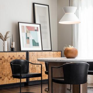 2-Scandinavian dining room-black vase-wh