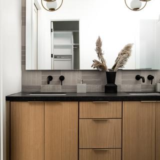 21-scandinavian modern bathroom-oak bath