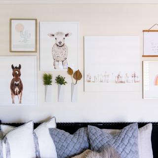 24-Nursery-design-gallery-wall-farm-anim