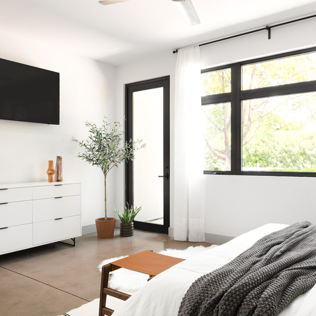 13-mid century modern bedroom-desert bed