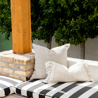 17-sunbrella cushion-pergola-outdoor can