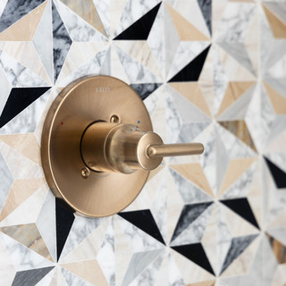 18-desert-modern-decor-bathroom-geometri