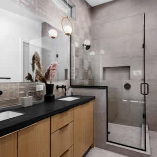 32-scandinavian modern bathroom-oak bath