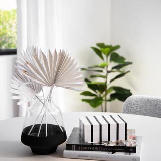 24-minimal decor-scandinavian decor-blac