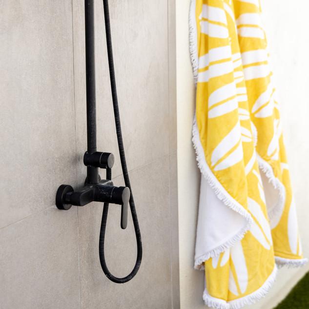 35-outdoor shower-scandinavian outdoor s