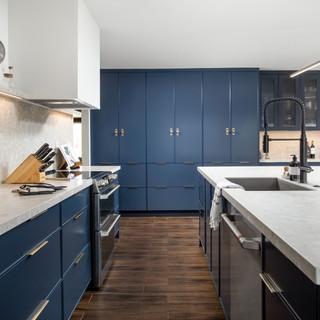 3-industrial modern kitchen-blue kitchen