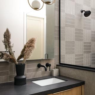 22-scandinavian modern bathroom-oak bath