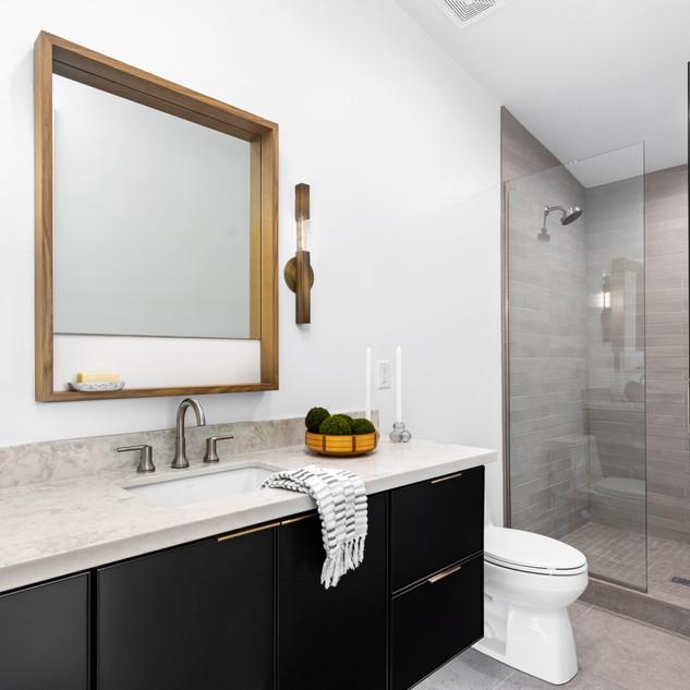 34-scandinavian modern bathroom-black va
